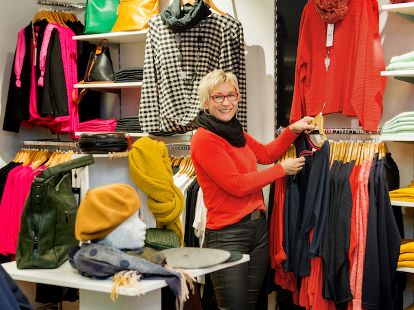 City Initiative Perleberg, Malibu Fashion - Andrea Brauer